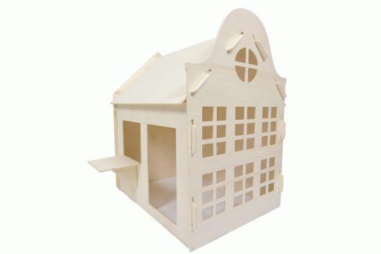 houten speelhuisje klokgevel